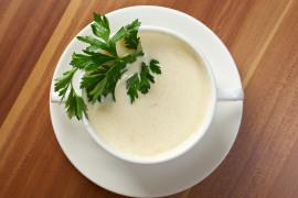 Wzmacniająca zupa krem z ziemniaków i pietruszki
