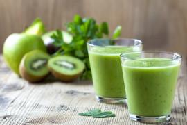 MEGA dawka witamin czyli smoothie z zielonych owoców