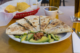 Quesadillas z awokado