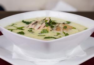 Kremowa zupa z ziemniakiem i kurczakiem- bardzo prosta