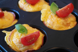 Jajeczne muffiny śniadaniowe