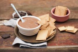 Walentynkowe fondue sernikowo-czekoladowe