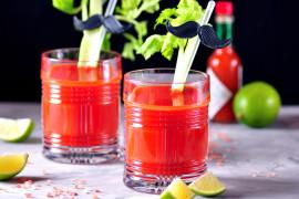 Oczyszczający koktajl pomidorowy