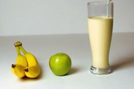 5 dni z koktajlami: awokado + banan + woda kokosowa