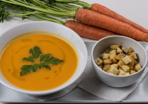 Zupa krem marchewkowo- pomarańczowy
