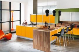 Mocny akcent kolorystyczny w kuchni- inspiracje