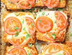 6 pomysłów na wykorzystanie ŻÓŁTEGO SERA na śniadanie