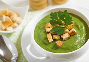 Zupa krem z jarmużu i kurek
