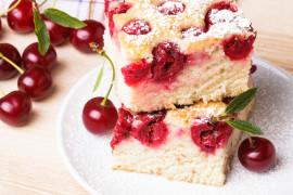 Sezonowe ciasta z wiśniami
