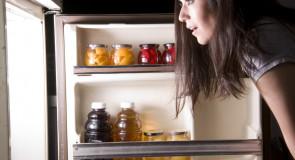 10 trików, dzięki którym twoja LODÓWKA i ZAMRAŻARKA zawsze będą czyste i zorganizowane