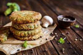 Kotleciki brokułowe – idealne do wege burgerów