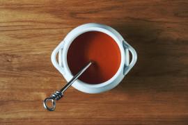 Zupa ze świeżych pomidorów i jej zalety
