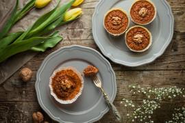 Muffiny z orzechami włoskimi