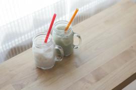 Mrożona matcha z mlekiem kokosowym – nasz sposób na UPAŁY 🍨
