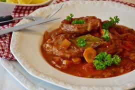 Gulasz wołowy z marchewką
