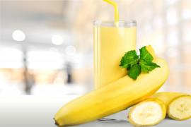 Kremowy koktajl z żółtego melona i banana