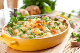 Pełnowartościowa zapiekanka z ziemniakami pod serową pierzynką