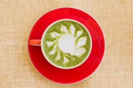 Herbata matcha z mlekiem kokosowym własnej produkcji