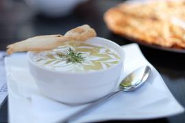 Zupa krem z ciecierzycy i mleka kokosowego