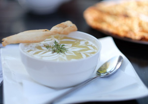 Kremowa zupa ziemniaczano-koperkowa