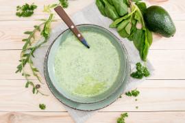 Zielona zupa z AWOKADO i ogórka