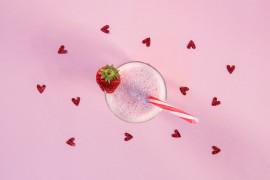 Różowe smoothie pełne witamin