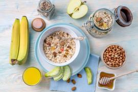 Pełnowartościowe śniadanie – idealne na poniedziałkowy start!