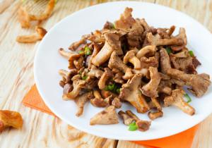 SEZON NA KURKI- 10 smakowitych przepisów z tymi grzybami