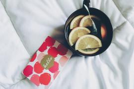 Mocno rozgrzewająca herbata lipowa z malinami