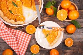 Wilgotne ciasto z pomarańczami