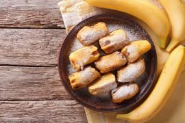 Smażone banany z cukrem pudrem