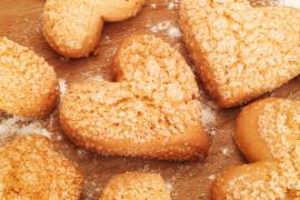 Bananowe ciasteczka w kształcie serc – idealne na Walentynki