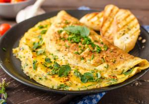 Omlet z kiełbasą