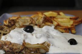 Jak zrobić oryginalny sos tzatziki?