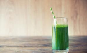 Koktajl dla odważnych – z jogurtem, czosnkiem i ziołami