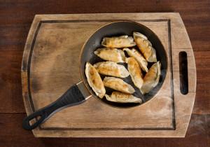 Smażone rogaliczki z mozzarellą
