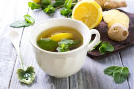Świeżo parzony napar z imbiru – pierwsza pomoc przy przeziębieniu