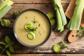 Kremowa zupa z pora i ciecierzycy
