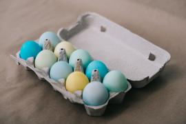Jak ufarbować jajka wielkanocne bez użycia chemii?