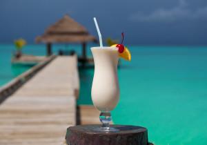Delikatny drink z syropem migdałowym