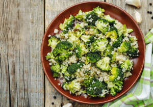 OBIAD ZA GROSIK: kuskus+ wątróbka+ brokuły