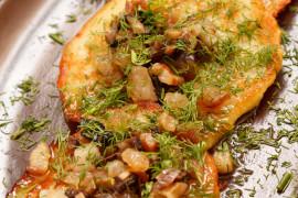 OBIAD ZA GROSIK: Pieczony batat z pomidorami