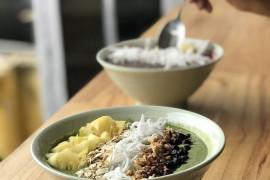 Pełnowartościowe śniadanie mistrzów – z jogurtem o smaku herbaty matcha