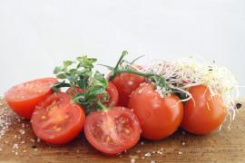 8 powodów, dla których warto jeść pomidory CODZIENNIE