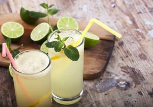 Lemoniada cytrynowa bez dodatku cukru