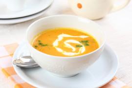 Krem z marchewki z dodatkiem pomarańczy – gotowy w 15 minut