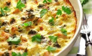 Zapiekanka z serem i prażonymi orzechami włoskimi
