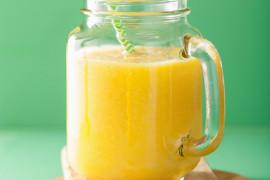 Smoothie z jabłkiem i mango
