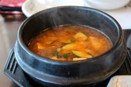 Domowa zupa MISO z tofu i warzywami