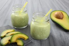 Jogurtowo-miodowe smoothie z awokado